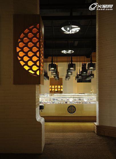 蜀煌珠宝商场展示设计