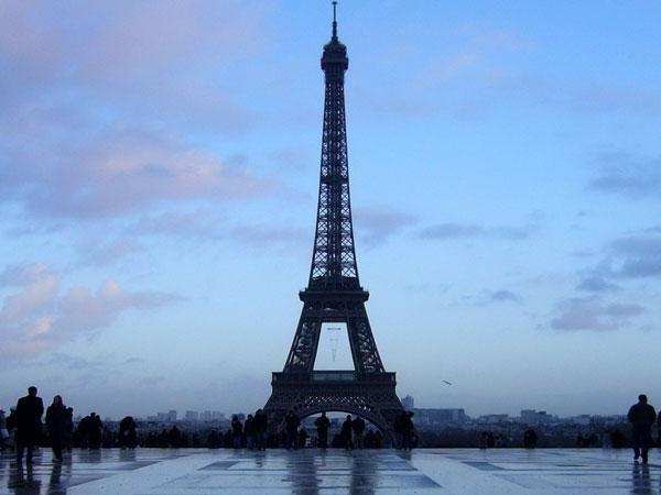 标签:巴黎埃菲尔铁塔 素材分类